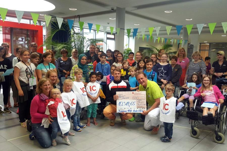 Ironman Hilde Kinderrheuma - Scheckübergabe 2016 - Spendensumme 10.319,65 Euro